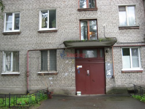 3-комнатная квартира (61м2) на продажу по адресу Караваевская ул., 27— фото 11 из 14