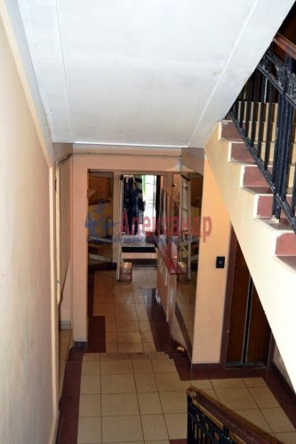 4-комнатная квартира (120м2) на продажу по адресу Невский пр., 131— фото 2 из 5