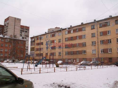 Комната в 3-комнатной квартире (69м2) на продажу по адресу Ткачей ул., 46— фото 2 из 14