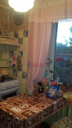 2-комнатная квартира (51м2) на продажу по адресу Петергоф г., Халтурина ул.— фото 9 из 14