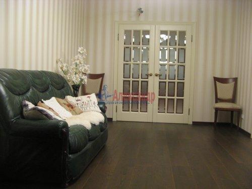 3-комнатная квартира (138м2) на продажу по адресу Пискаревский пр., 37— фото 5 из 24
