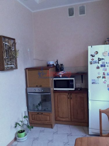 3-комнатная квартира (63м2) на продажу по адресу Колпино г., Карла Маркса ул., 10— фото 15 из 24
