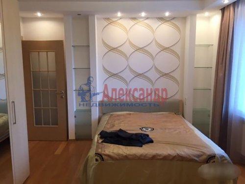 2-комнатная квартира (72м2) на продажу по адресу Науки пр., 63— фото 12 из 18