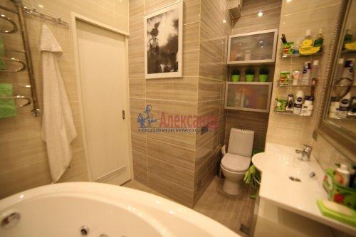 2-комнатная квартира (65м2) на продажу по адресу Непокоренных пр., 49— фото 5 из 11
