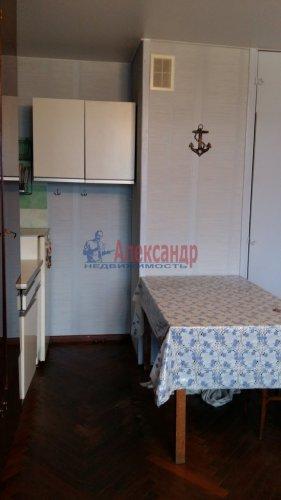 Комната в 12-комнатной квартире (200м2) на продажу по адресу Маршала Говорова ул., 8— фото 6 из 8