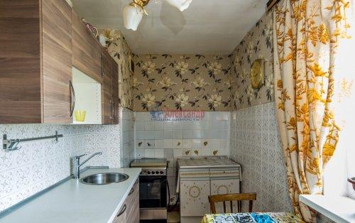 3-комнатная квартира (65м2) на продажу по адресу Купчинская ул., 33— фото 9 из 11