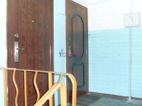 2-комнатная квартира (42м2) на продажу по адресу Кузнечное пгт., Юбилейная ул., 2— фото 4 из 9