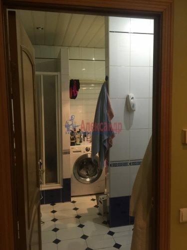 2-комнатная квартира (89м2) на продажу по адресу Ленсовета ул., 88— фото 10 из 14