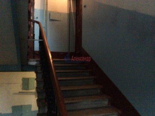 Комната в 4-комнатной квартире (94м2) на продажу по адресу Большой Сампсониевский пр., 92— фото 4 из 4