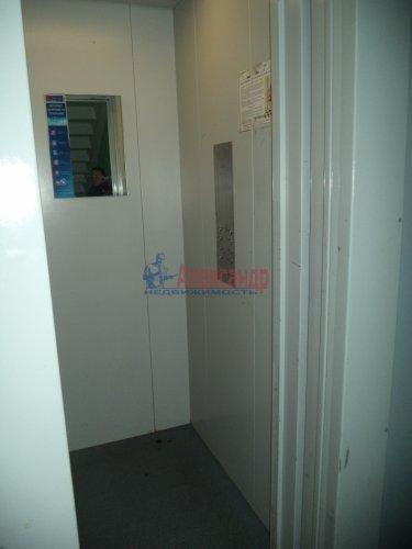 Комната в 2-комнатной квартире (50м2) на продажу по адресу Светлановский просп., 62— фото 8 из 11