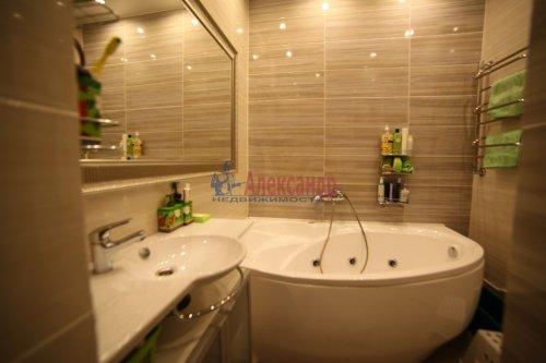 2-комнатная квартира (65м2) на продажу по адресу Непокоренных пр., 49— фото 6 из 11