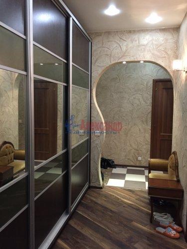 2-комнатная квартира (54м2) на продажу по адресу Пулковская ул., 2— фото 9 из 17