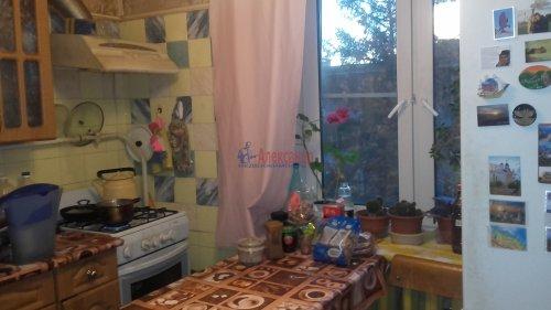 2-комнатная квартира (51м2) на продажу по адресу Петергоф г., Халтурина ул.— фото 8 из 14