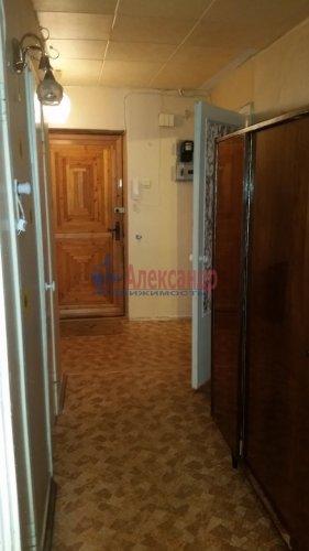 1-комнатная квартира (36м2) на продажу по адресу Стрельна г., Львовская ул., 25— фото 4 из 11