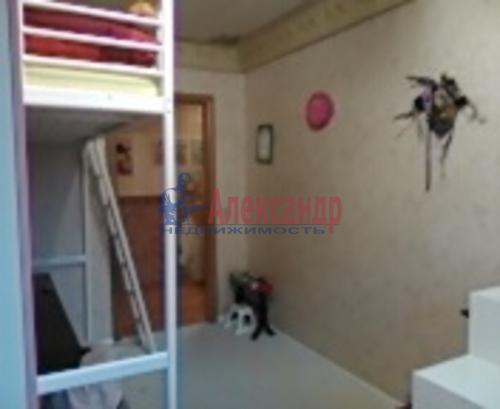 4-комнатная квартира (74м2) на продажу по адресу Художников пр., 3— фото 2 из 4