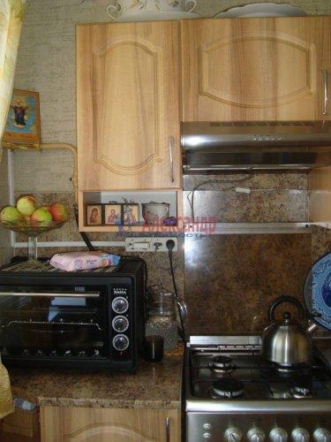 2-комнатная квартира (44м2) на продажу по адресу Луга г., Красной Артиллерии ул., 28— фото 7 из 12