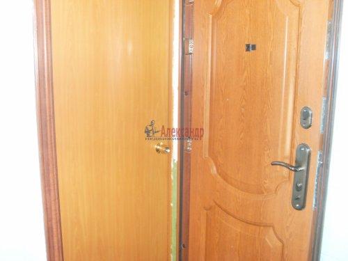 2-комнатная квартира (42м2) на продажу по адресу Кузнечное пгт., Юбилейная ул., 2— фото 5 из 9
