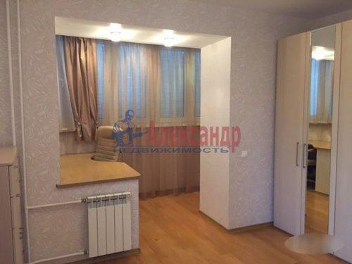 2-комнатная квартира (72м2) на продажу по адресу Науки пр., 63— фото 15 из 18