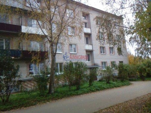 2-комнатная квартира (52м2) на продажу по адресу Старая Ладога село, Советская ул., 17— фото 1 из 7