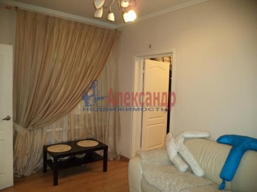2-комнатная квартира (50м2) на продажу по адресу Маркина ул., 14-16— фото 2 из 28