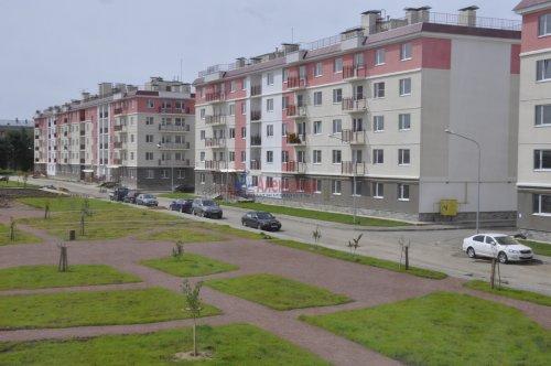 2-комнатная квартира (53м2) на продажу по адресу Петергоф г., Ропшинское шос., 3— фото 1 из 16