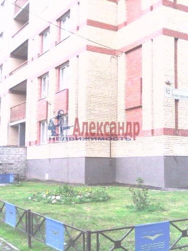 2-комнатная квартира (61м2) на продажу по адресу Оптиков ул., 52— фото 10 из 10