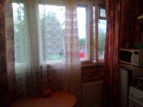 3-комнатная квартира (59м2) на продажу по адресу Авангардная ул., 20— фото 8 из 14