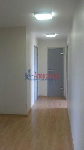 2-комнатная квартира (74м2) на продажу по адресу Ленинский пр., 151— фото 6 из 6