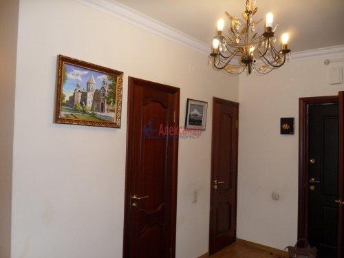 3-комнатная квартира (101м2) на продажу по адресу Науки пр., 17— фото 9 из 33