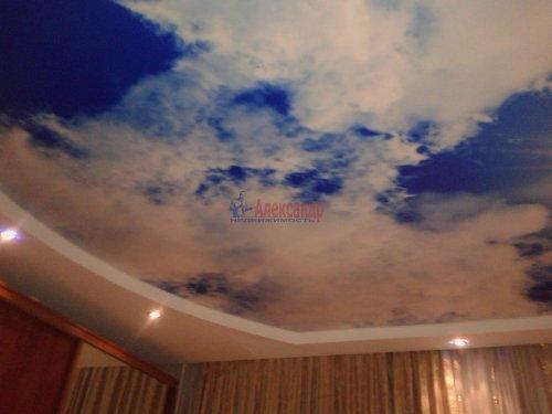 2-комнатная квартира (80м2) на продажу по адресу Пятилеток пр., 17— фото 4 из 9
