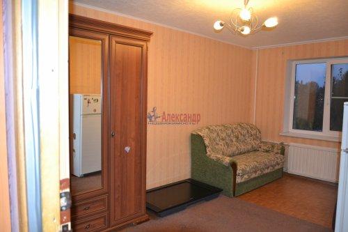 Комната в 3-комнатной квартире (85м2) на продажу по адресу Сестрорецк г., Приморское шос., 283— фото 3 из 6