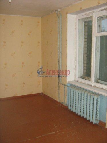 3-комнатная квартира (74м2) на продажу по адресу Кириши г., Строителей ул., 16— фото 3 из 12