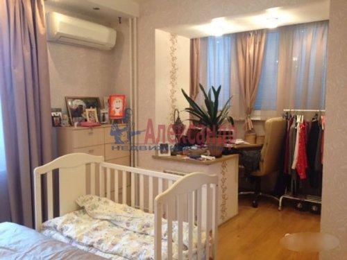 2-комнатная квартира (72м2) на продажу по адресу Науки пр., 63— фото 16 из 18