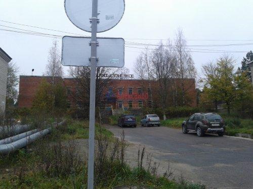 2-комнатная квартира (43м2) на продажу по адресу Кузнечное пгт., Молодежная ул., 8— фото 2 из 10