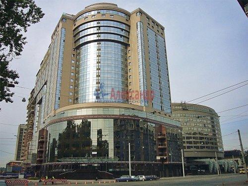 1-комнатная квартира (76м2) на продажу по адресу Большой Сампсониевский пр., 4-6— фото 1 из 14