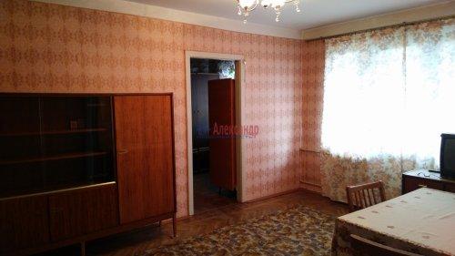 2-комнатная квартира (46м2) на продажу по адресу Саперное пос., Школьная ул., 14— фото 1 из 8