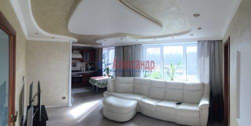 3-комнатная квартира (60м2) на продажу по адресу Бухарестская ул., 37— фото 1 из 5