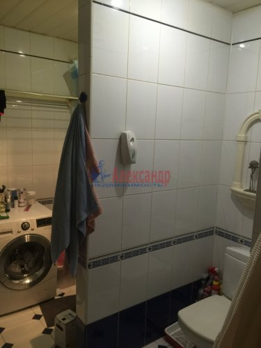 2-комнатная квартира (89м2) на продажу по адресу Ленсовета ул., 88— фото 11 из 14
