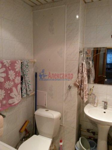 2-комнатная квартира (48м2) на продажу по адресу Кириши г., Мира ул., 4— фото 4 из 8