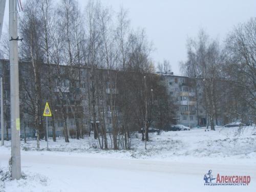 2-комнатная квартира (44м2) на продажу по адресу Молодцово пос., 1— фото 2 из 13