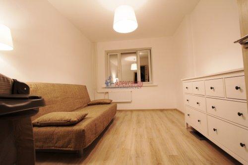 2-комнатная квартира (58м2) на продажу по адресу Парголово пос., Михаила Дудина ул., 25— фото 3 из 9