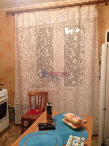 3-комнатная квартира (64м2) на продажу по адресу Кириши г., Энергетиков ул., 16— фото 2 из 6