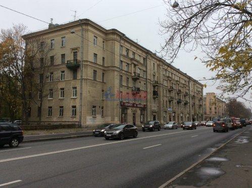Комната в 4-комнатной квартире (94м2) на продажу по адресу Большой Сампсониевский пр., 92— фото 1 из 4