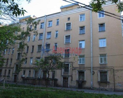 Комната в 3-комнатной квартире (84м2) на продажу по адресу Октябрьская наб., 62— фото 1 из 1