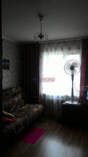 3-комнатная квартира (67м2) на продажу по адресу Кириши г., Ленина пр., 30— фото 9 из 15
