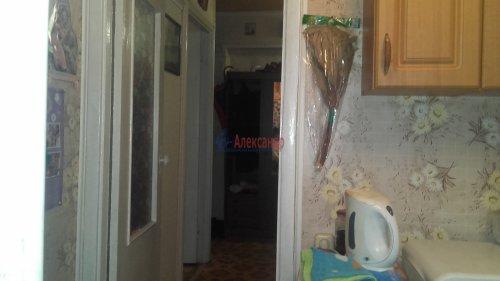 2-комнатная квартира (51м2) на продажу по адресу Петергоф г., Халтурина ул.— фото 11 из 14