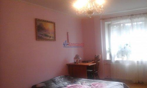 2-комнатная квартира (64м2) на продажу по адресу Рощино пгт., Садовый пер., 6— фото 7 из 10