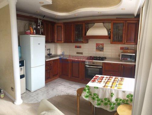 3-комнатная квартира (60м2) на продажу по адресу Бухарестская ул., 37— фото 2 из 5