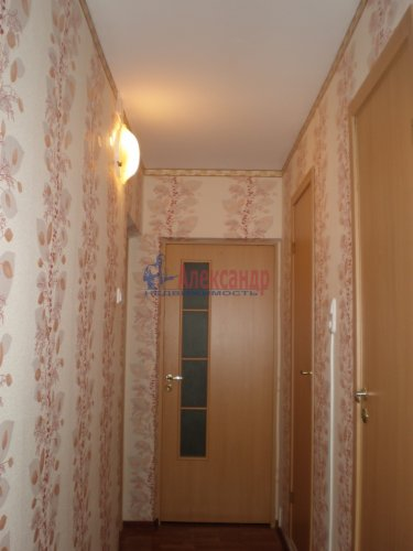 2-комнатная квартира (56м2) на продажу по адресу Глажево пос., 15— фото 4 из 7
