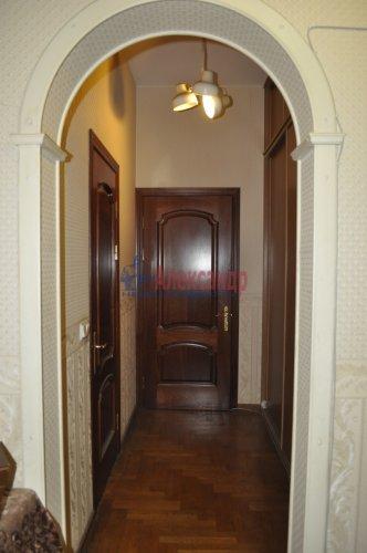 5-комнатная квартира (102м2) на продажу по адресу 4 Советская ул., 13— фото 2 из 10